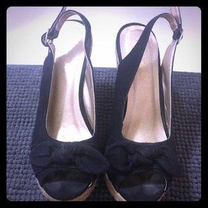 Gently used straw wedge heels!